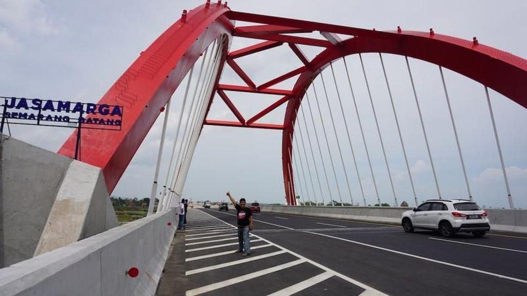 Melihat Megahnya Jembatan Kali Kuto di Tol Trans Jawa