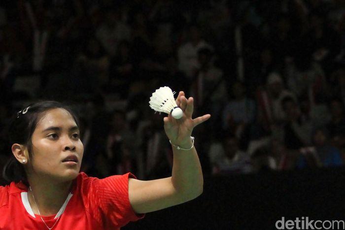 Tunggal putri Indonesia Gregoria Mariska Tunjung tersingkir dari Indonesia Masters 2019. Langkahnya terhenti setelah dikalahkan oleh Pusarla V. Sindhu.