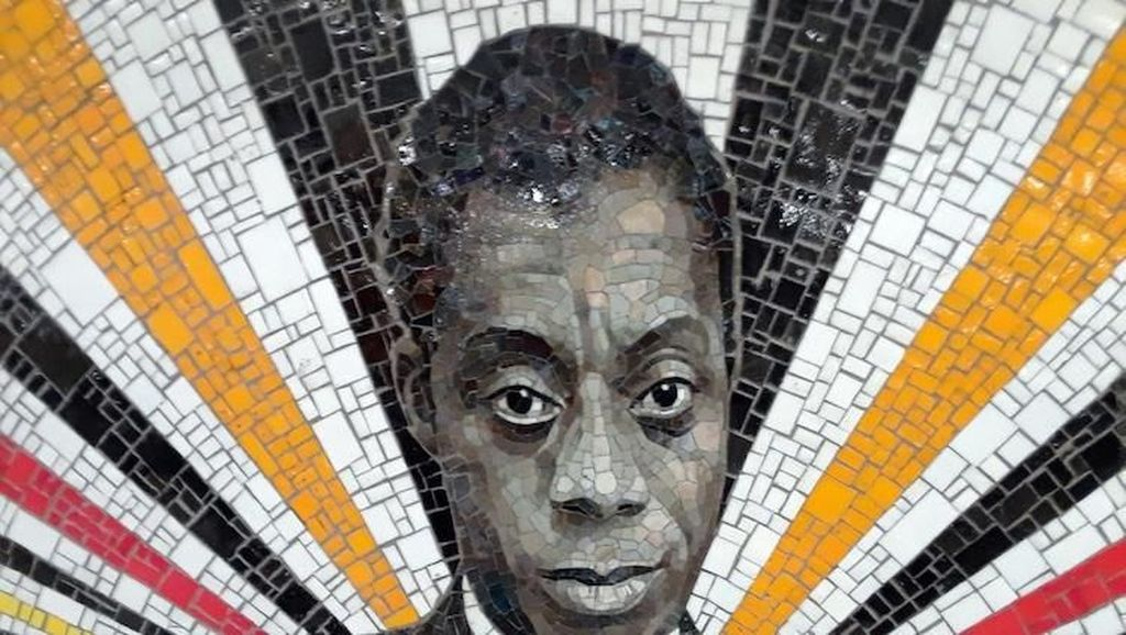 Mural Mozaik Maya Angelou hingga James Baldwin di Subway Brooklyn