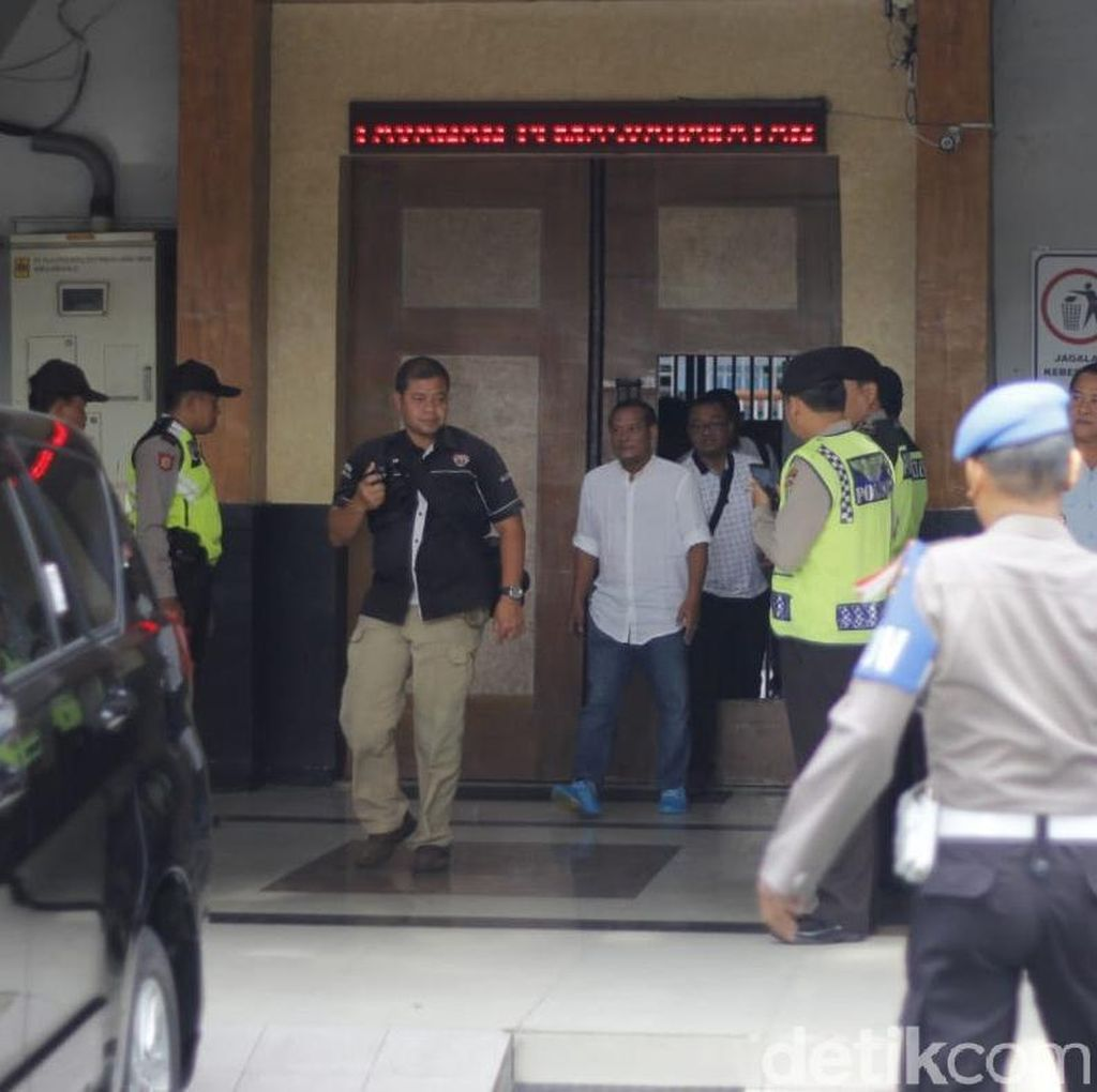Vigit Waluyo Diperiksa Satgas Anti Mafia Bola di Mapolda Jatim