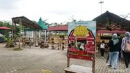 Wisata Kenalkan Anak pada Hewan Ternak di Mini Barn