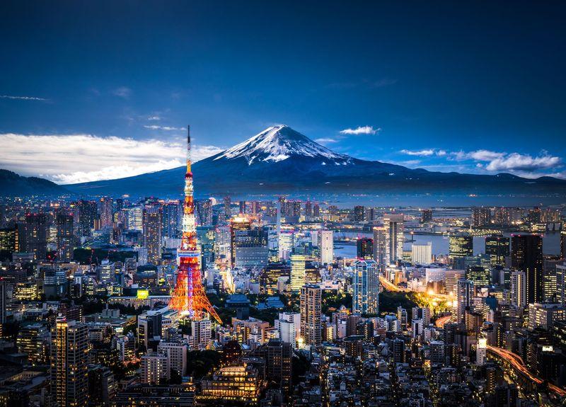 Bagi traveler yang gemar membaca karya-karya Haruki Murakami, pasi penasaran dengan kuil-kuil Jepang yang menjadi insporasi. Traveler bisa menuju Kobe, untuk melihat Kuil Ikuta, Arima Onsen dan Jembatan Akashi-Kaikyo yang terkenal (iStock)