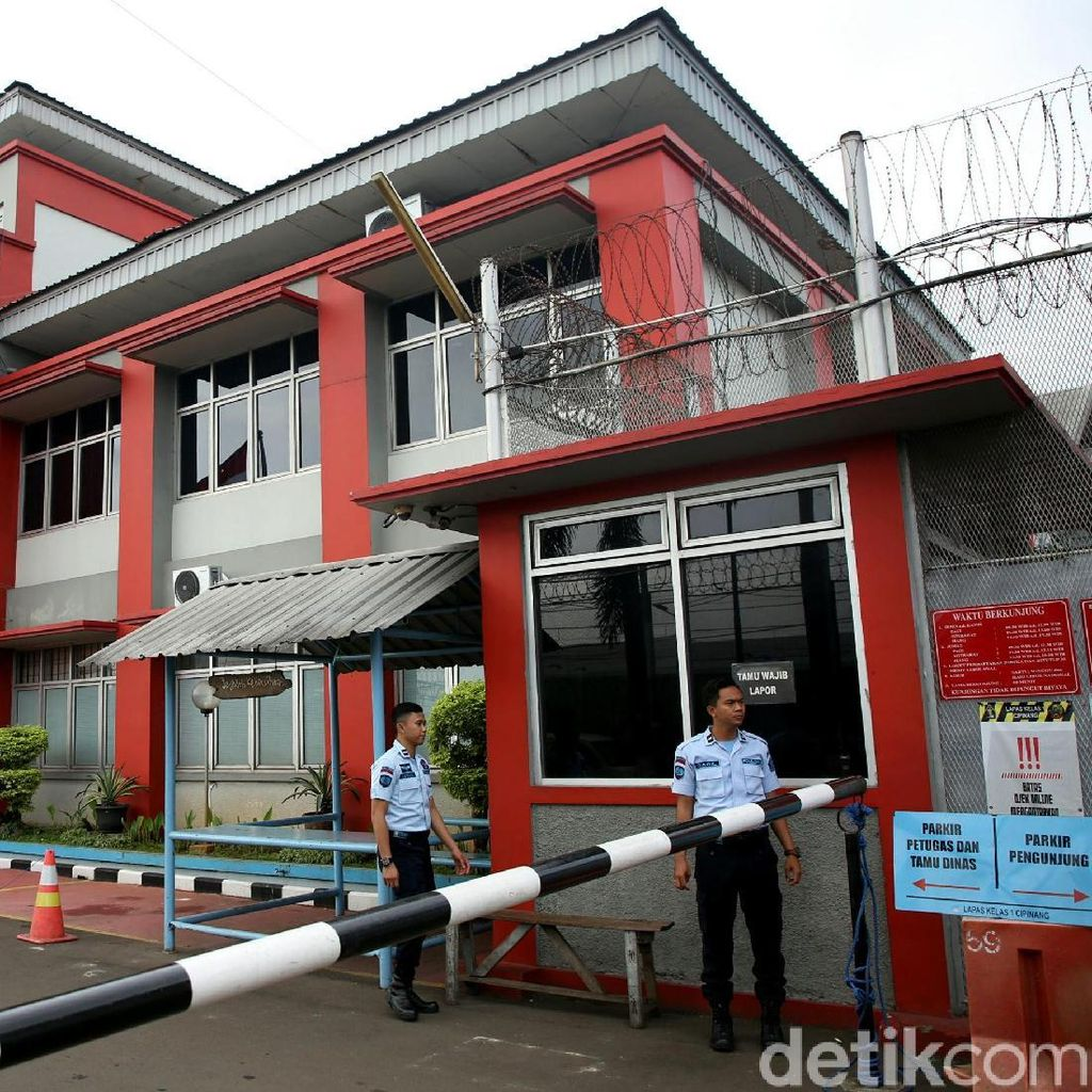 Ahok Bebas dari Mako Brimob, Administrasi Diselesaikan di Cipinang