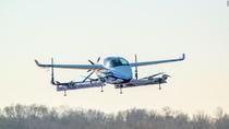 Pesawat Otonom Boeing Sukses Uji Terbang Pertama