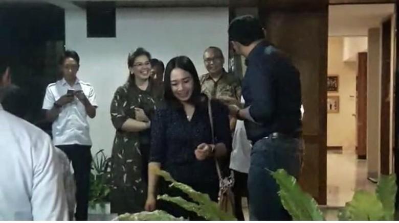 Keluarga di Nganjuk Berharap Ahok-Puput Jadi Nikah 15 Februari