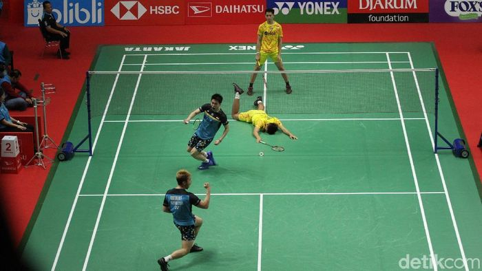 Kevin Sanjaya Sukamuljo/Marcus Fernaldi Gideon mengalahkan Fajar Alfian/M. Rian Ardianto di perempatfinal Indonesia Masters 2019. (Rifkianto Nugroho/detikSport)