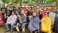 Ahmad Dhani dan Fadli Zon mencukur rambutnya di lokasi yang sama dengan Presiden Jokowi yakni di Garut, Jawa Barat.Dok. Pribadi