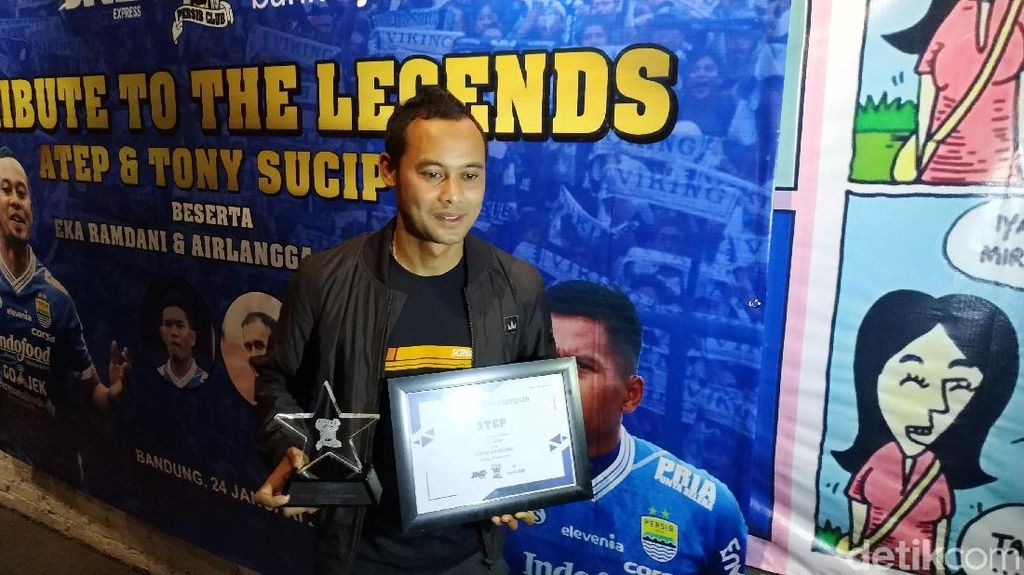 Viking Beri Penghargaan dan Sematkan Label Legenda untuk Atep Cs