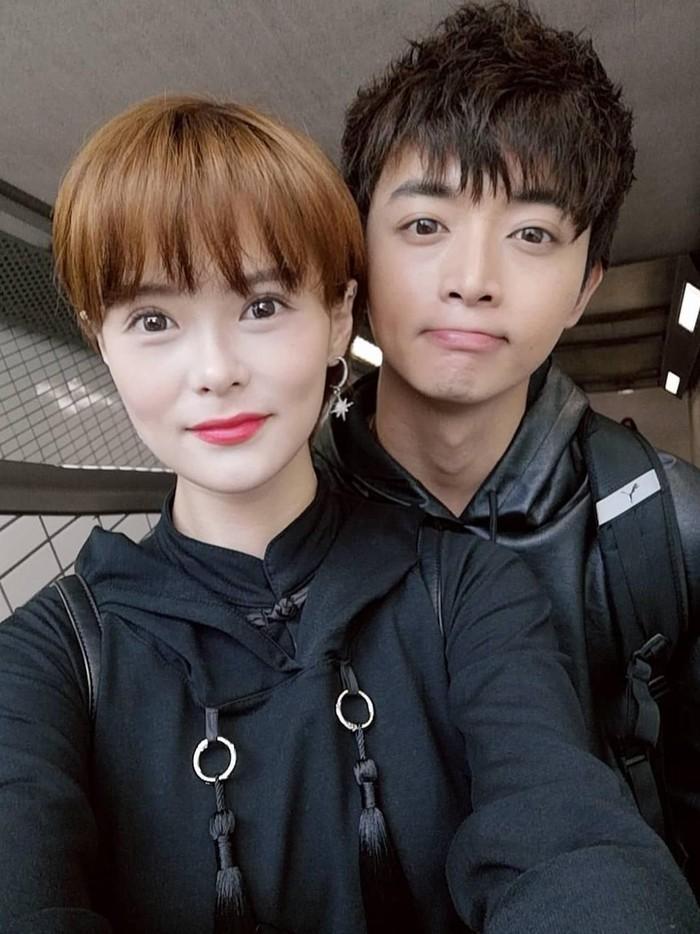 Aloysius Pang dan kekasihnya Jayley Woo (Instagram/@jiaqiwoo)