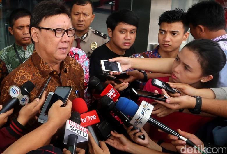 Mendagri Mengaku Tak Bisa Sanksi Pejabat Daerah yang Absen Rapat Karhutla