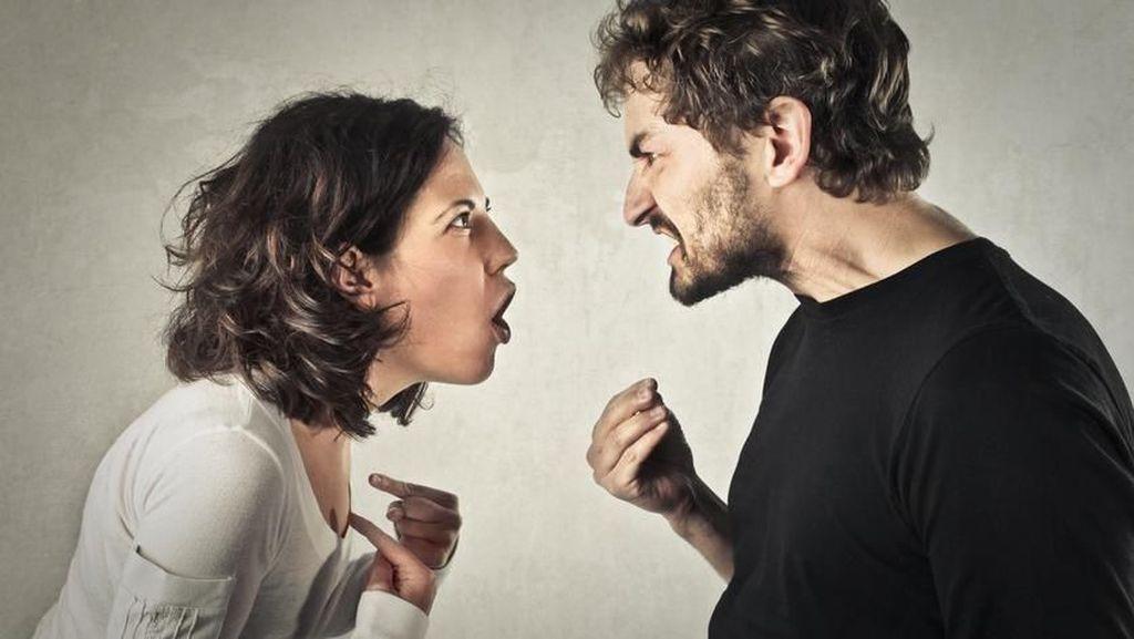 Tak Mau Bayar Makanan Sang Istri, Pria Ini Hubungi Polisi