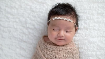20 Nama Bayi Perempuan Terinspirasi First Lady