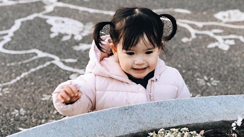 Potret Keseruan Anak Alice Norin Liburan di Negeri Sakura