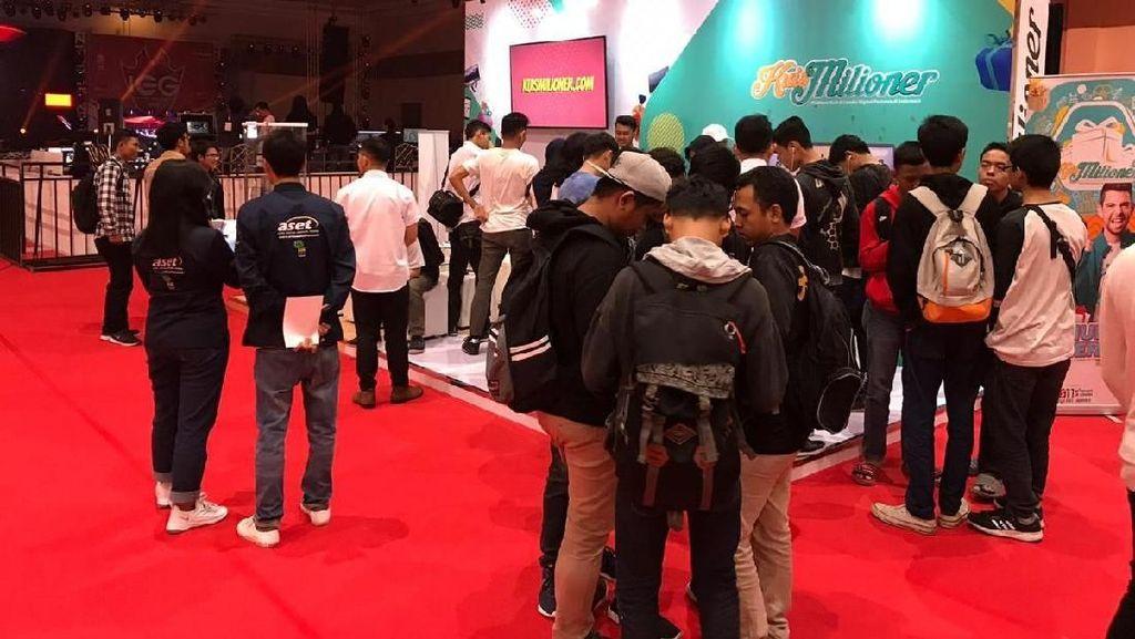 Kuismilioner Ramaikan Indonesia eSports 2019 di JCC