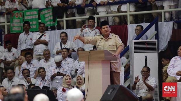Capres Prabowo Subianto dalam acara Deklarasi Nasional Alumni Perguruan Tinggi Seluruh Indonesia Untuk Prabowo-Sandi di Jakarta, 26 Januari.