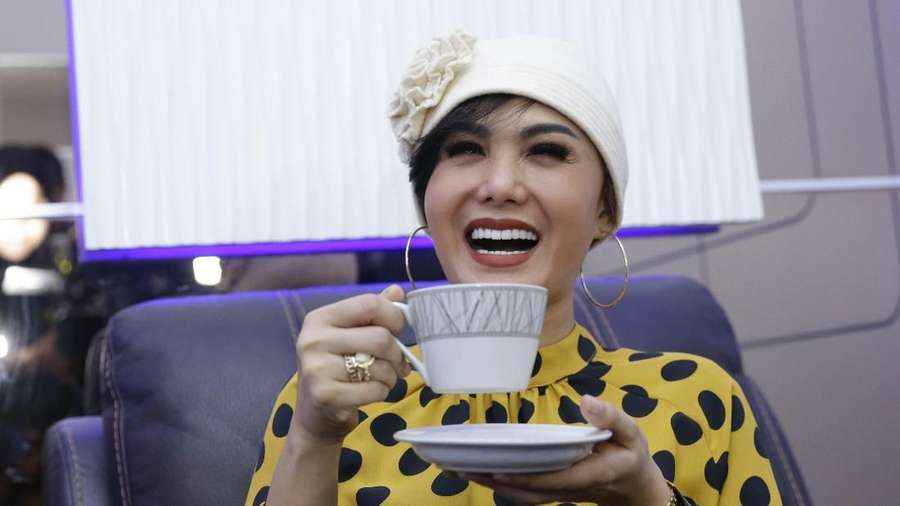 Nggak Kuat Lihat Senyum Yuni Shara yang Makin Awet Muda