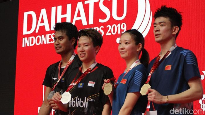 Tontowi Ahmad dan Liliyana Natsir menjadi runner-up Indonesia Masters 2019. (Rifkianto Nugroho/detikSport)