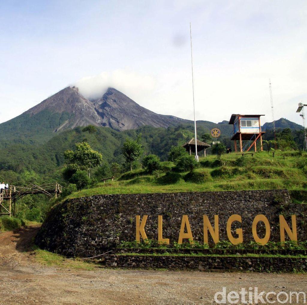 Gunung Merapi Keluarkan Awan Panas Lagi, Jarak Luncur 900 Meter