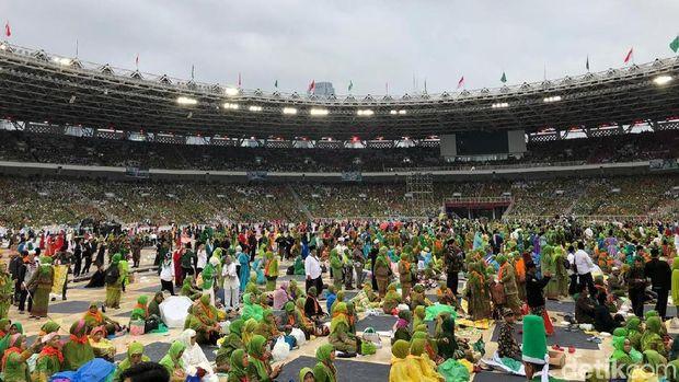 Peringati Harlah ke-73, Muslimat NU Penuhi Stadion GBK