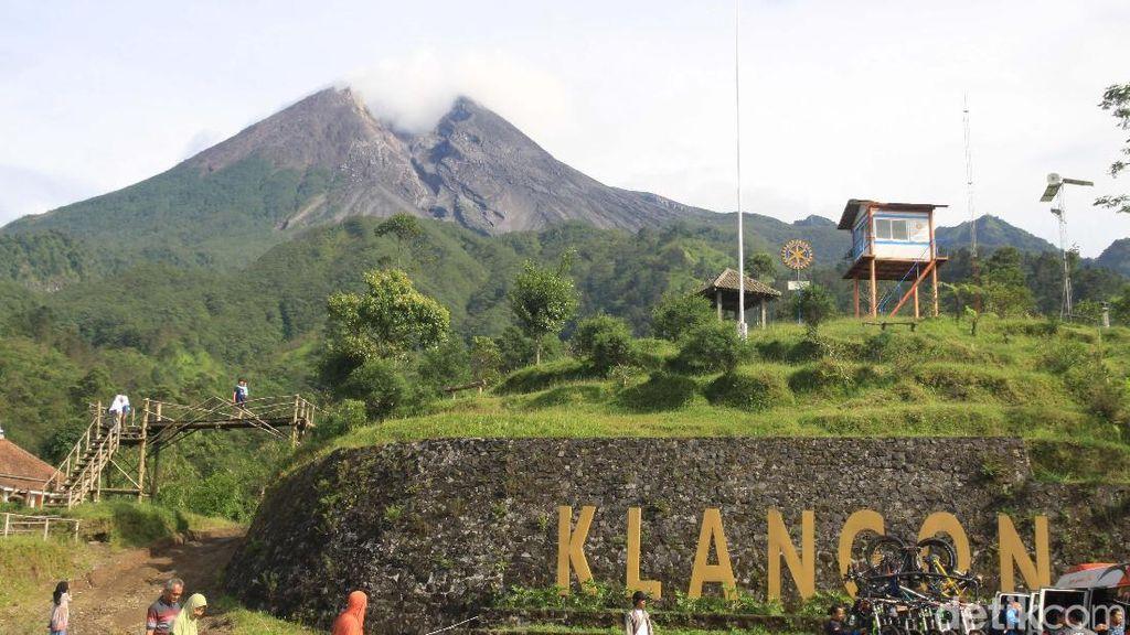 Lagi, Gunung Merapi Keluarkan Awan Panas Jarak Luncur 200 Meter
