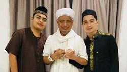 Jangan Percaya Broadcast, Info Valid Kondisi Arifin Ilham Cuma di IG Alvin