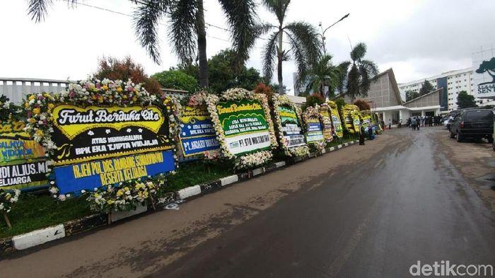 Foto: Suasana Rumah Duka persemayaman Eka Tjipta Widjaja/Saifan Zaking - detikFinance