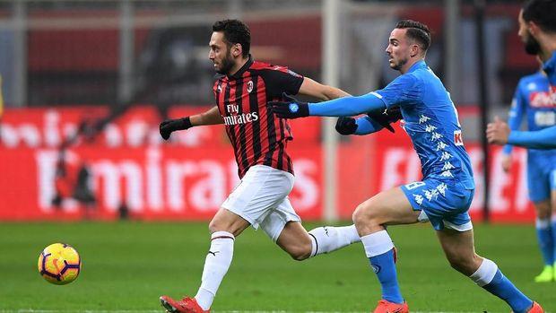 Klasemen Liga Italia Usai AC Milan dan Napoli Imbang