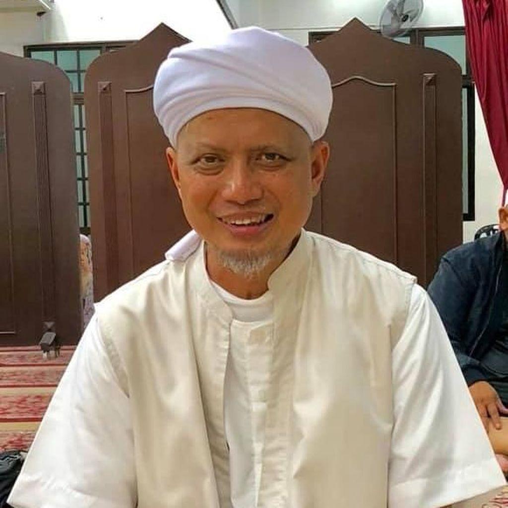 Dapat Kabar Arifin Ilham Kristis, Ustaz Yusuf Mansur Ajak Baca Doa