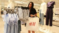 H&M Hentikan Pembelian Kulit dari Brasil Setelah Kebakaran Hutan Amazon