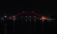 Jembatan Ampera terlihat di kejauhan (Kurnia/detikTravel)