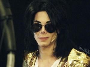 Pria Ini Operasi Plastik Habiskan Rp 421 Juta Demi Mirip Michael Jackson