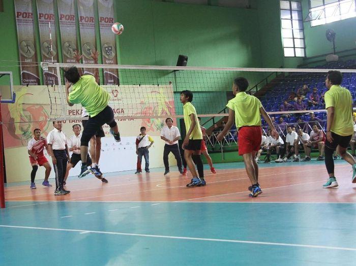 Bangun Tjipta Sarana kembali menunjukan komitmennya untuk mendorong kemajuan dunia olahraga nasional khususnya di cabor bola voli putri.