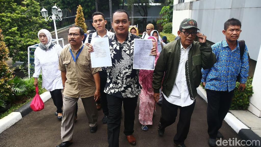 Saat Jemaah First Travel Protes Soal PMA ke Kemenag