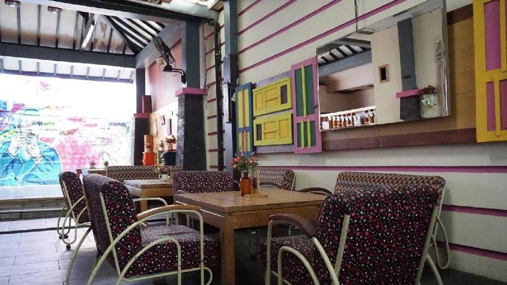 Ke Lampung, Jangan Lupa Mampir ke Kafe Vintage yang Instagramable Ini