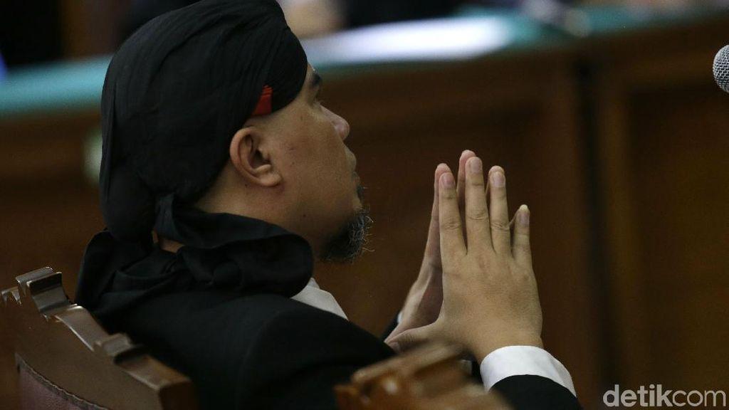Ahmad Dhani Divonis 1,5 Tahun Bui, Pengacara: Putusan Balas Dendam