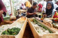 Makanan tradisional di Pasar Lodra Jaya Banjarnegara (Uje Hartono/detikTravel)