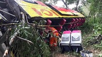 Begini Penampakan Bus Bima Suci yang Terguling di Cipularang