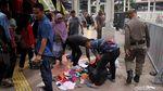 Aksi Satpol PP Tertibkan PKL Bandel di Tanah Abang