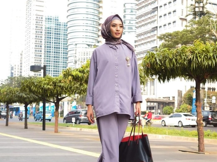 Tips hijab untuk interview kerja. Foto: Instagram/Hijup