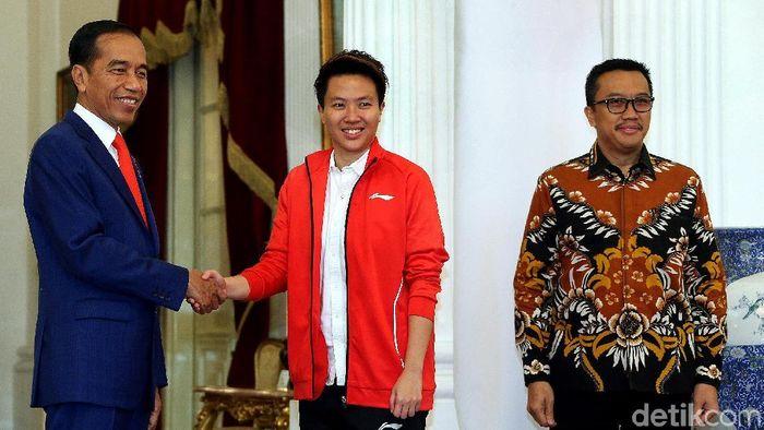 LIliyana Natsir temui Presiden Jokowi di Istana Merdeka. (Rengga Sancaya/detikSport)
