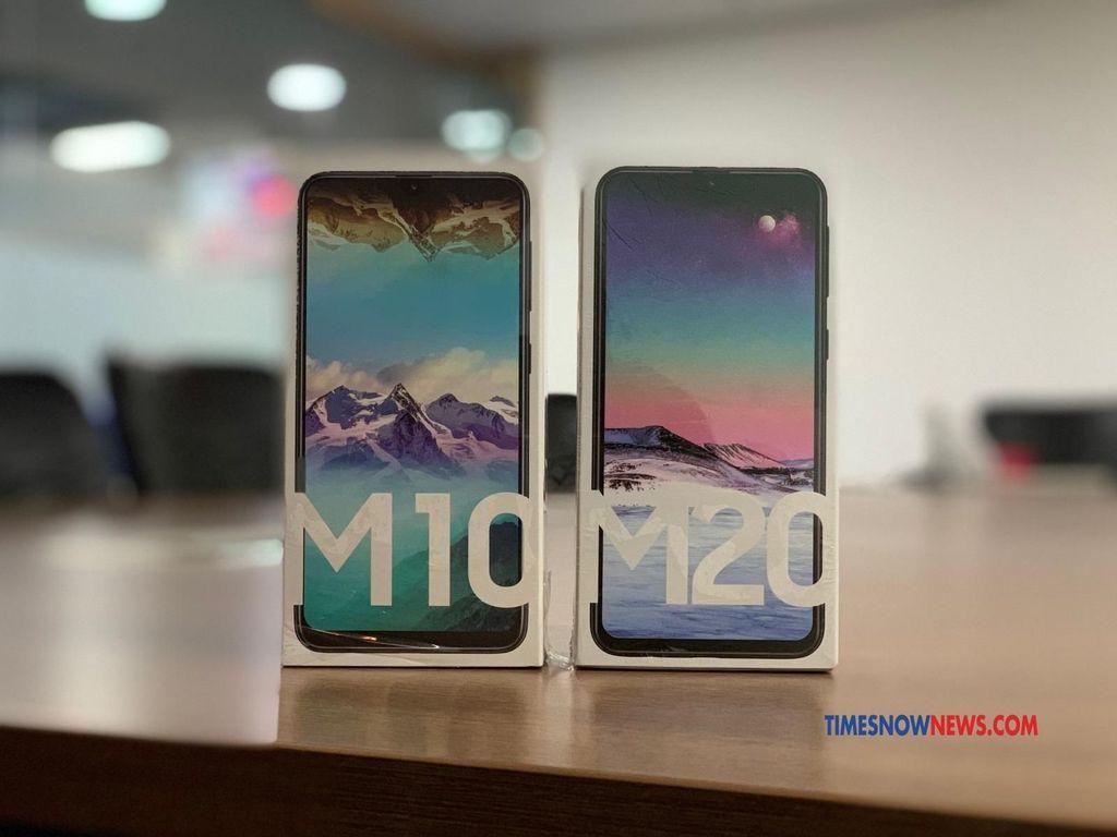 Pada 28 Januari 2019, Samsung merilis Galaxy M10 dan Galaxy M20 dengan banderol mulai dari 7.990 rupee ( sekitar Rp 1,579 juta). Foto: Timesnownews.com