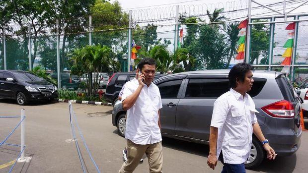 Habiburokhman menyebut ada perbedaan perlakukan antara penahanan Ahmad Dhani dan Ahok