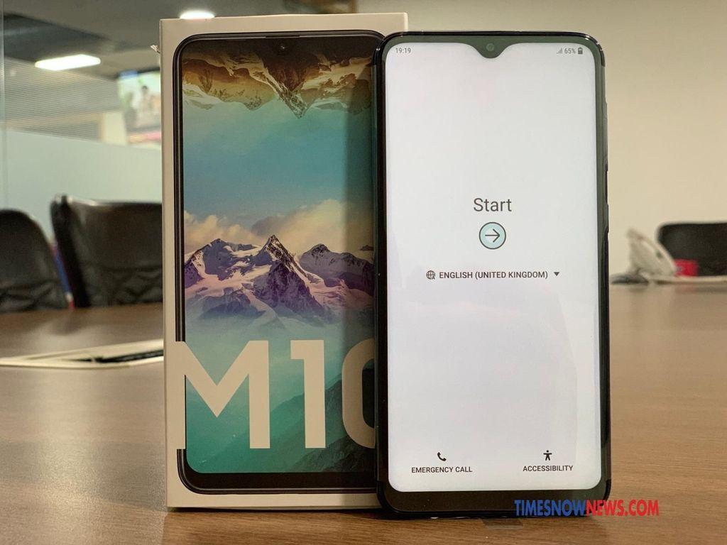 Bersaing dengan Xiaomi, Honor, Moto dan Realme, kedua ponsel ini menyasar segmen ponsel murah. Foto: Timesnownews.com