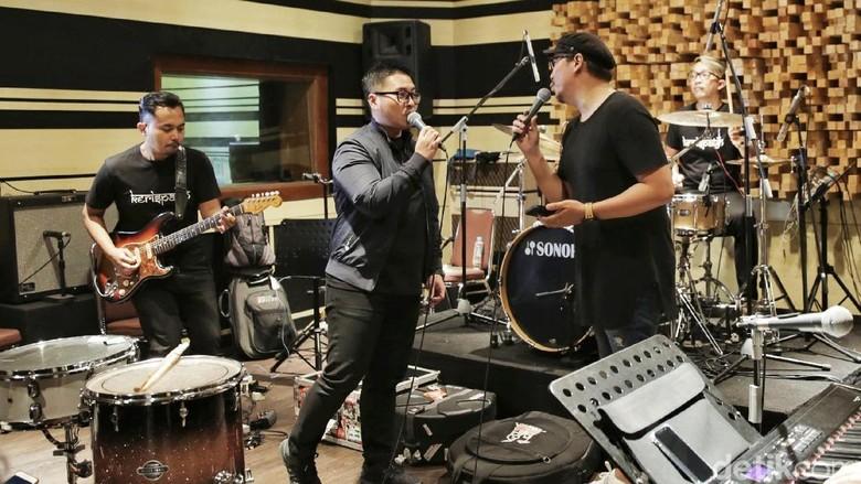 Sammy Simorangkir dan Badai Akan Tampil Bareng Kerispatih