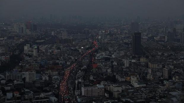 Situasi kota Bangkok yang sedang dilanca polusi udara parah