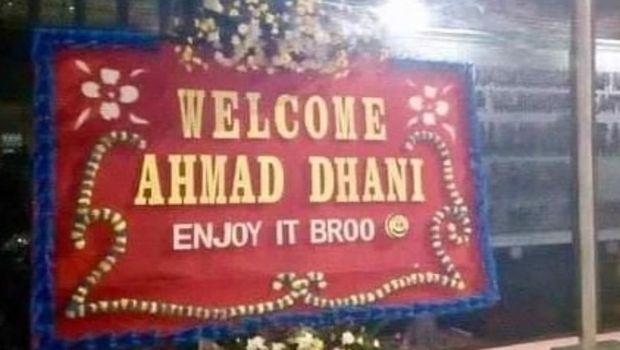 Ahmad Dhani Dikirimi Karangan Bunga, Ari Wibowo: Ada Saja Ya yang Iseng