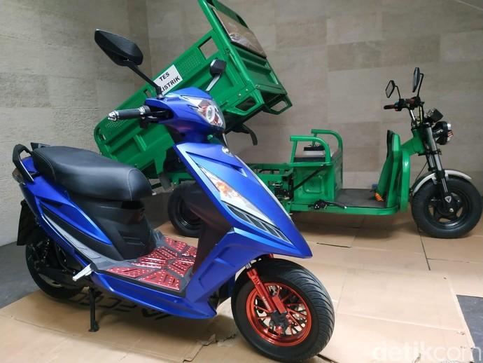Motor Listrik Made in Indonesia Gesits Vs Lincah, Keren Mana?