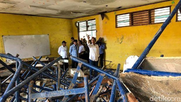 Jokowi prihatin melihat kondisi bangunan sekolah yang rusak parah