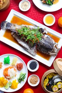 Santap Makan Malam Sambut Imlek di Restoran Pullman Jakarta Central Park
