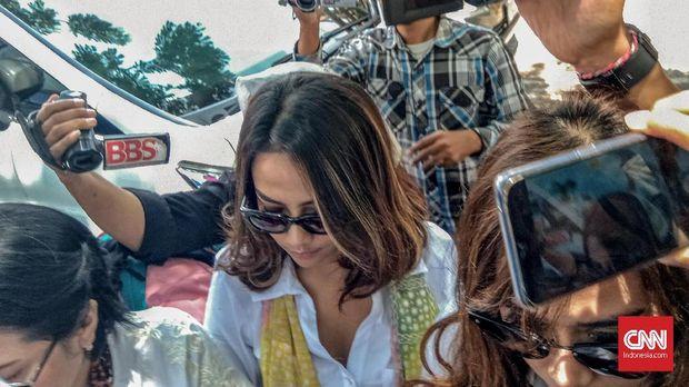 Vanessa Angel Pernah Ditawari Temani Menteri untuk 'Mimican'